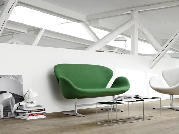 2116_Swan sofa