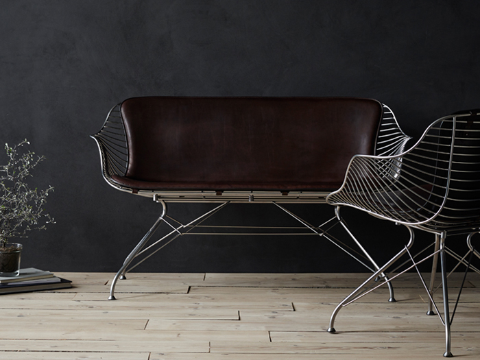OvergaardAndDyrman_Wire_Lounge_Sofa_Wire_Lounge_Chair_Yellowstone_DarkBrown_Leather_Wire_Coffee_Table_Walnut_Semi_Satin_Chrome_Steel3